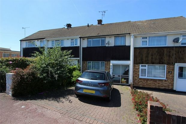 Thumbnail Terraced house to rent in Bellhouse Lane, Leigh-On-Sea, Essex