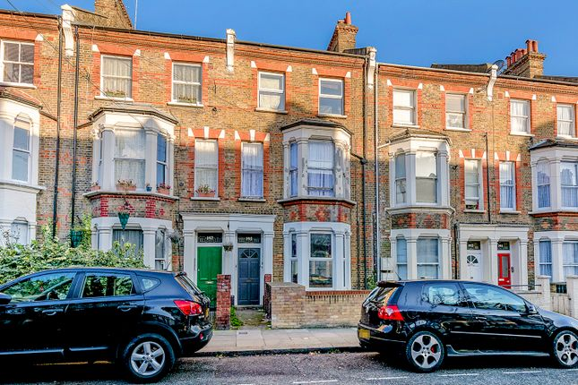 Flat to rent in Bravington Road, Maida Vale