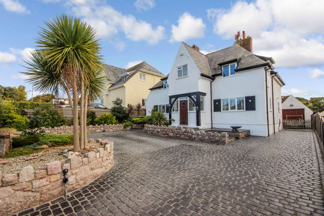 Thumbnail Detached house for sale in Deganwy Road, Llandudno, Cowy