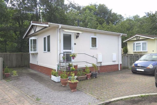 Thumbnail Mobile/park home for sale in Woodlands Residential Park, Quakers Yard, Treharris