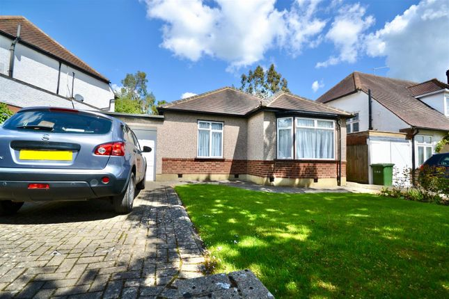 Thumbnail Property to rent in Sylvia Avenue, Hatch End, Pinner