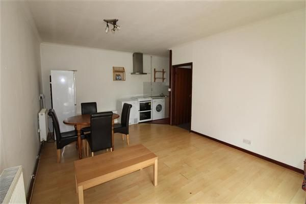 Thumbnail Property to rent in Pine Way, Chilworth, Southampton