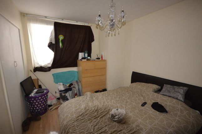 Bedroom One of Panfield Road, London SE2