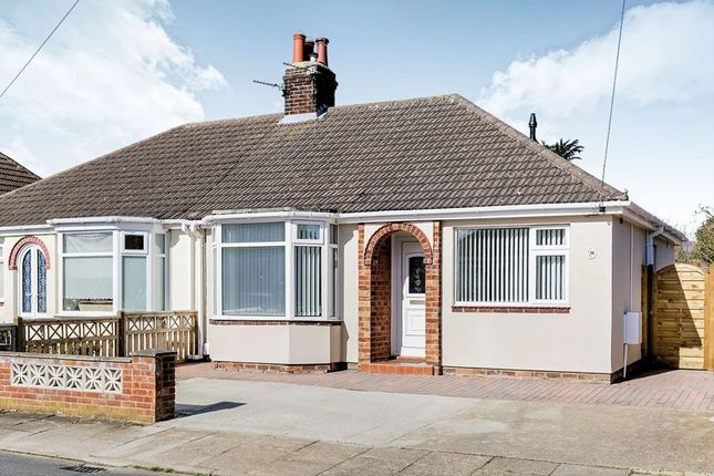 Thumbnail Bungalow to rent in Westbourne Grove, Grimsby