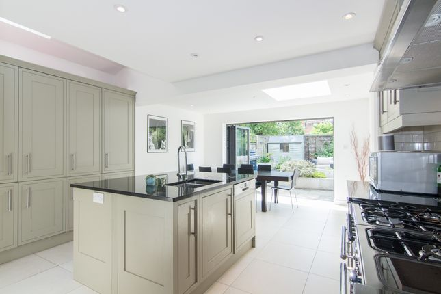 Thumbnail Terraced house for sale in Duke Road, London