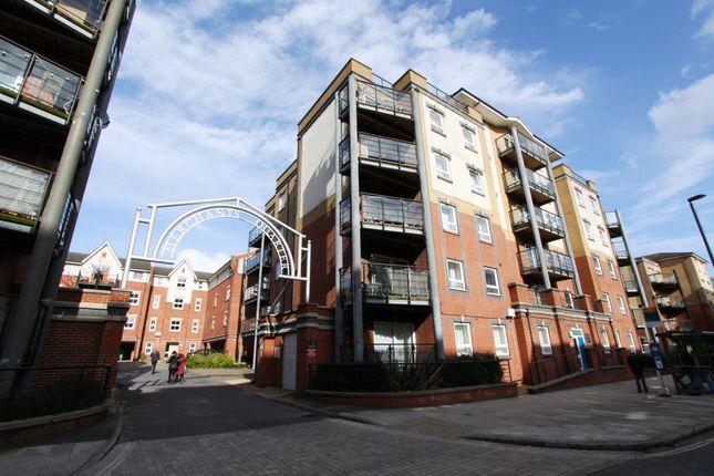 Thumbnail Flat to rent in Briton Street, Southampton, Hampshire