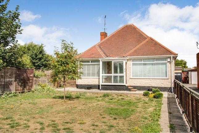 Thumbnail Detached bungalow for sale in Hull Road, Hull