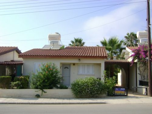 2 bed town house for sale in 2 Bedroom Detached Bungalow Only €120, Paphos (City), Paphos, Cyprus