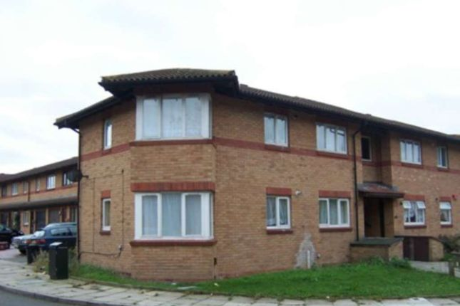 1 bed flat to rent in Templar Drive, Thamesmead