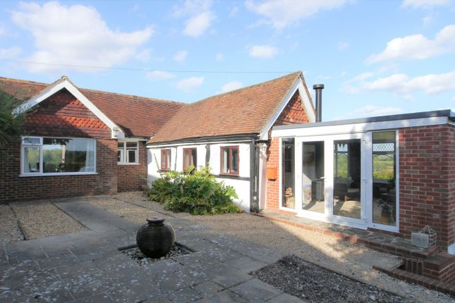 Thumbnail Detached house to rent in Lyons Road, Slinfold, Horsham