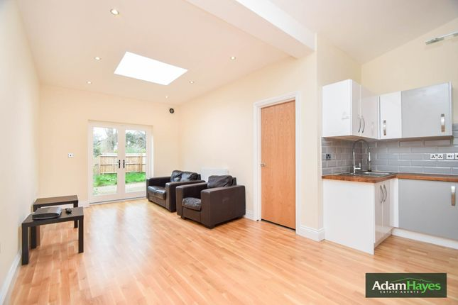 Thumbnail Flat to rent in Windsor Road, Finchley Central