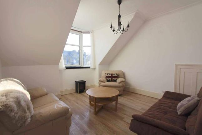 Thumbnail Flat to rent in West End Attic Flat, Union Grove, Aberdeen
