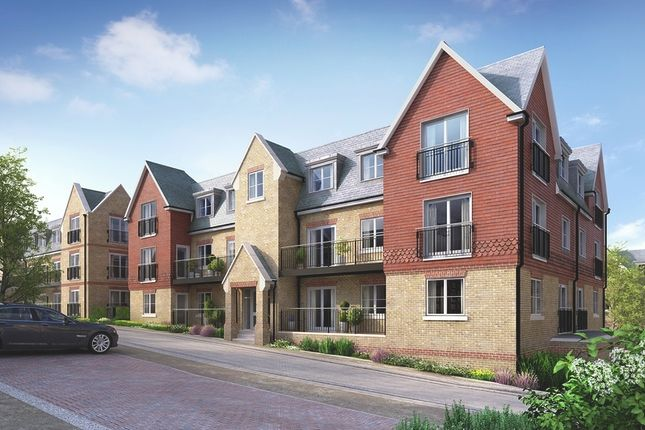 Thumbnail Flat for sale in Eden Road, Dunton Green, Sevenoaks
