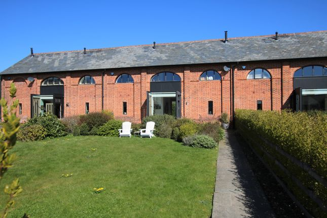 Thumbnail Barn conversion for sale in Stortford Road, Little Canfield, Dunmow