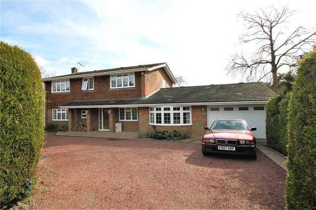 Thumbnail Detached house to rent in Old Farm Close, Knotty Green, Beaconsfield, Buckinghamshire