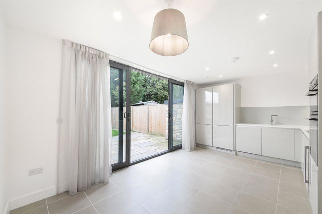 Picture No. 04 of Ditton Grove, Esher, Surrey KT10