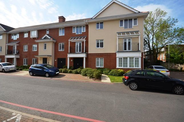 Thumbnail Flat to rent in Whitchurch House, 1 Wren Lane, Ruislip