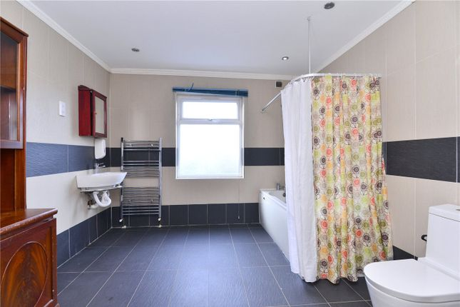 Bathroom of Forest Hill Road, East Dulwich, London SE22