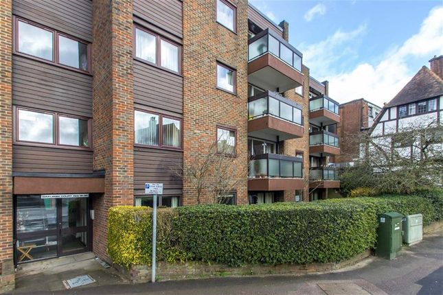 Thumbnail Flat to rent in Oakleigh Court, Oxted, Surrey