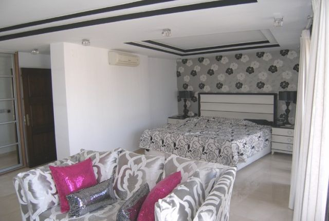 Master Bedroom of Spain, Málaga, Benalmádena