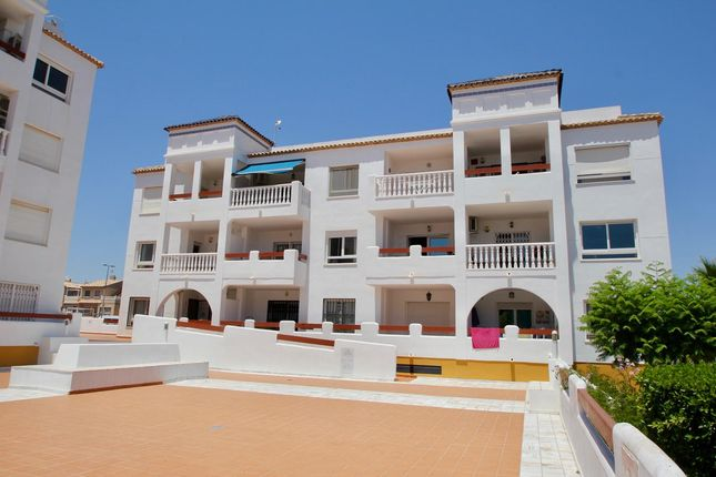Apartment for sale in Las Violetas, Villamartin, Costa Blanca, Valencia, Spain
