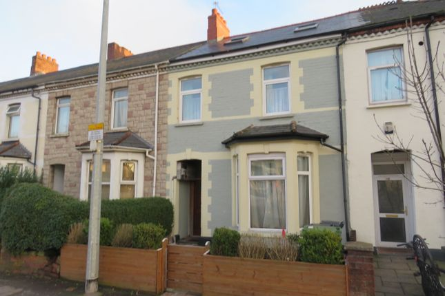 Thumbnail Flat for sale in Penarth Road, Grangetown, Cardiff
