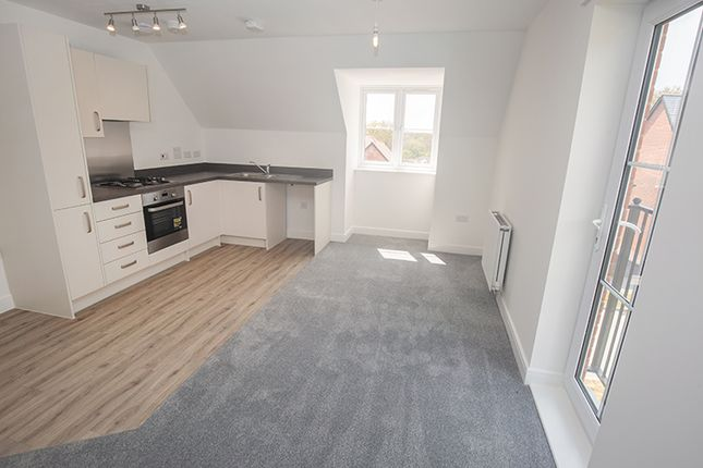 Thumbnail Flat for sale in 6 Primrose Court, Colden Common