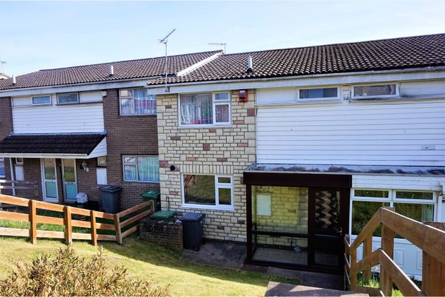 Thumbnail Terraced house for sale in Bellevue Road, Kingswood