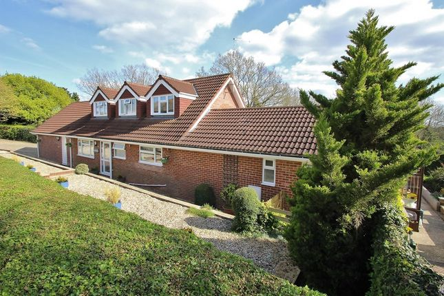 Thumbnail Property for sale in Stoneyfield, Beenham, Reading