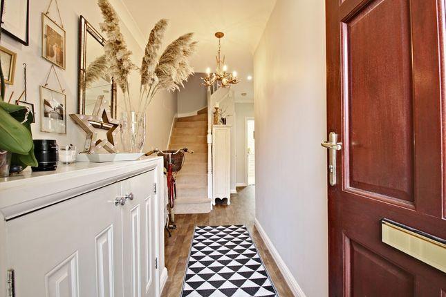 Entrance Hallway of Gaiger Avenue, Sherfield-On-Loddon, Hook RG27