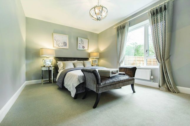 2 bed flat for sale in Clarence Avenue, London, London