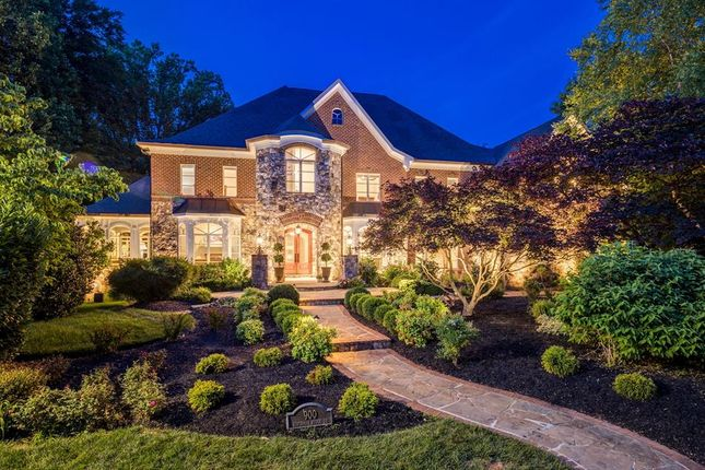 Thumbnail Property for sale in 900 Alvermar Ridge Dr, Mclean, Virginia, 22102, United States Of America