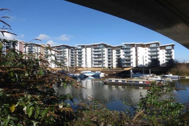 Thumbnail Flat to rent in Ravenswood, Victoria Wharf, Watkiss Way