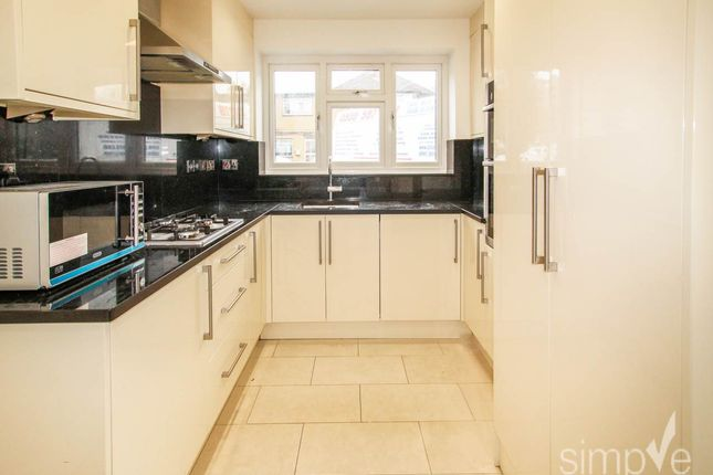 Thumbnail Property to rent in Wharncliffe Drive, Southall, Middlesex