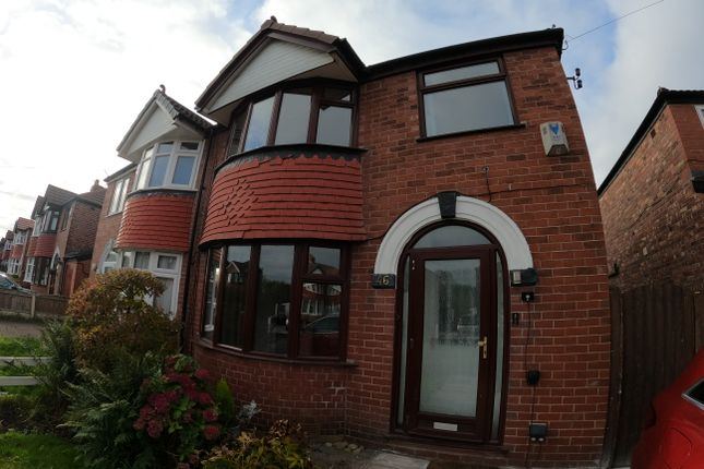 3 bed semi-detached house to rent in Rossett Avenue, Timperly WA15