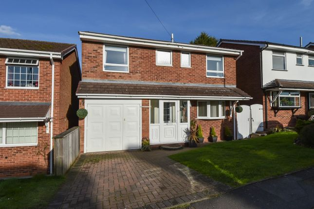 4 bedroom detached house for sale in Deansway, Bromsgrove