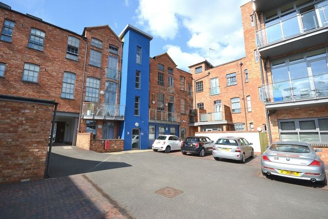 Thumbnail Flat for sale in Clare Street, Northampton