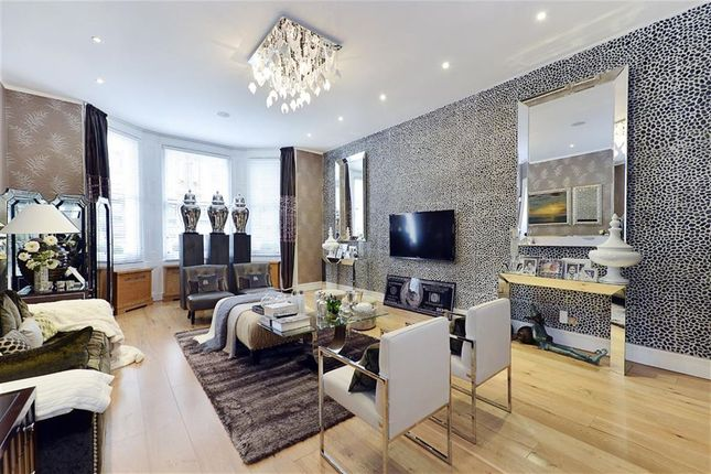 Thumbnail Terraced house to rent in Queensberry Place, South Kensington, South Kensington, London