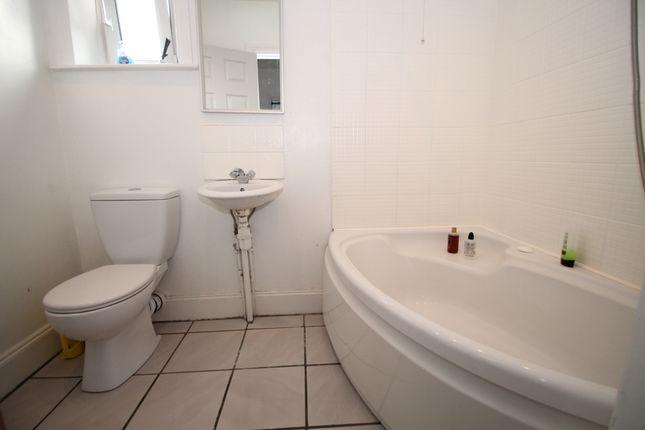 Bathroom of Second Avenue Long Lane, Dalton, Huddersfield HD5