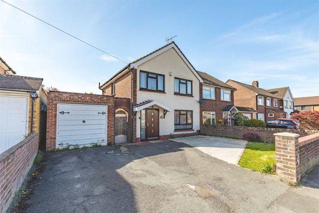 Thumbnail Property for sale in Burnetts Road, Windsor