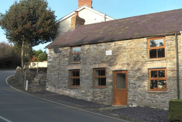 Thumbnail Cottage to rent in Adpar, Newcastle Emlyn