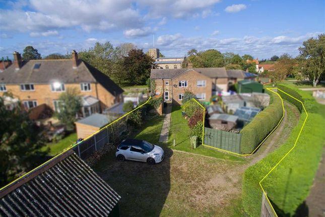 Thumbnail Semi-detached house for sale in Church Lane, Glentham