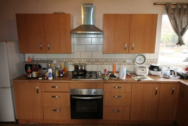 Thumbnail Property to rent in Kirkstall Road, Burley, Leeds