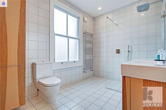 Bathroom of Claremont Road, London E7