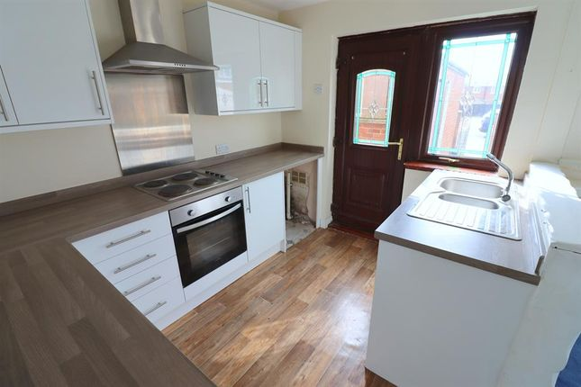 Kitchen of Teesdale Walk, Bishop Auckland DL14