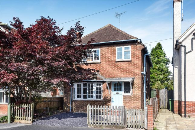 Thumbnail Detached house to rent in Victoria Road, Alton, Hampshire
