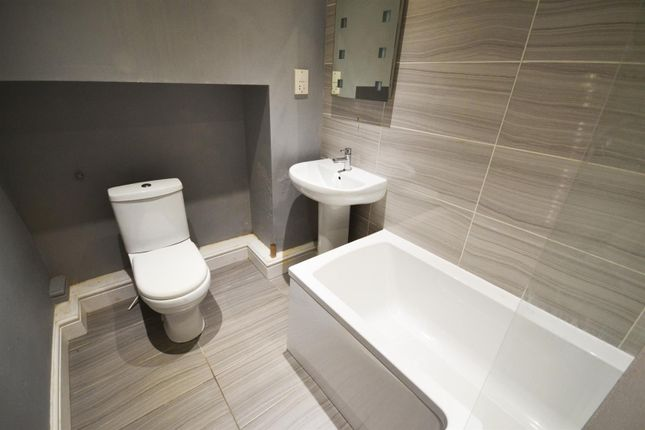 Bathroom of Brighton Mews, Main Street, Pembroke SA71