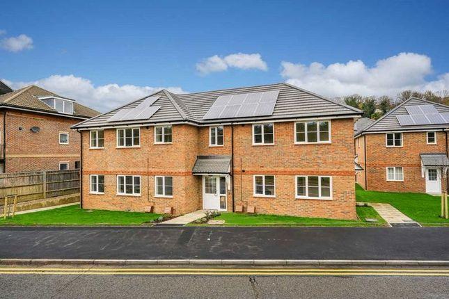 Thumbnail Flat for sale in Skylark House, Asheridge Road, Chesham