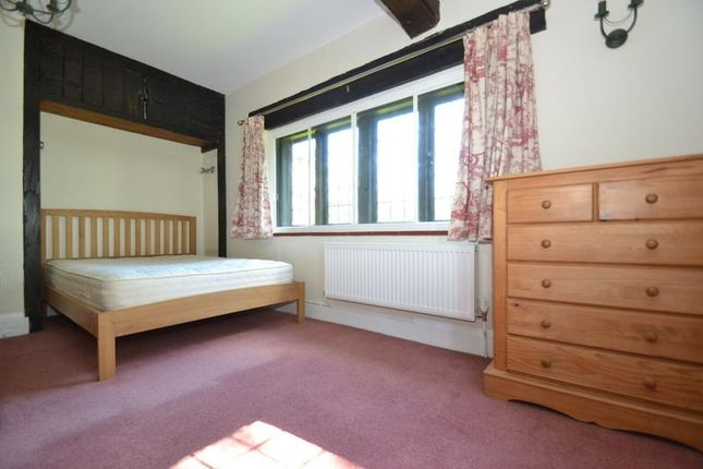 Studio Room of London Road, Lowfield Heath, Crawley RH10