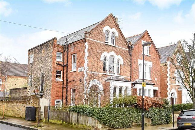 Thumbnail Flat for sale in Yerbury Road, London